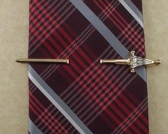Vintage Swank Basket Hilt Sword Tie Bar   4596