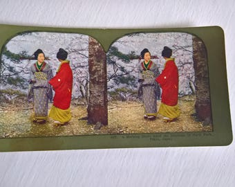 Best Friends Geisha of Tokyo Antique Stereopticon Stereoscope Stereo Viewer Slide Card --- Vintage Japanese Culture Asia History Photograph