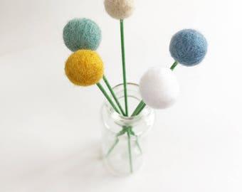 Pom pom flowers, felt ball flowers, pom pom decor, felt flowers, billy buttons, pompom flowers, felt billy button, artificial flowers