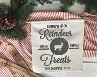 Reindeer Treats/ Christmas wall decor/ north pole/ christmas decoration/ wall hanging/ farmhouse christmas/ christmas sign