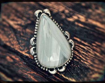 Indian Agate Ring With Paisley - Size 8.5