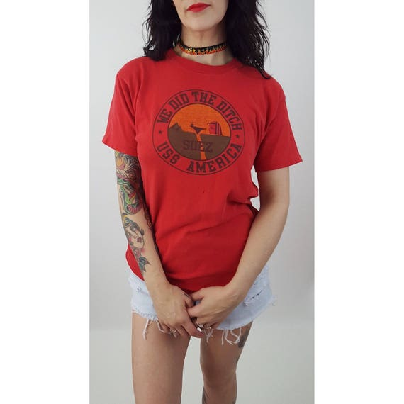 80's Vintage We Did the Ditch USS America Worn T-Shirt Small Medium Large- Red Suez Canal Marathon Tee Shirt - Grunge Faded Soft Unisex Top