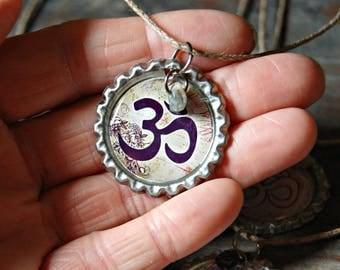 Om Necklace, Om Pendant, Om Jewellery, Yoga Jewelry, Yoga Necklace, Bottle Cap Necklace, Gemstone Necklace, Stone Necklace, Eco Jewelry