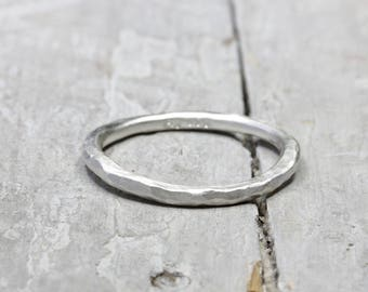 Silver ring stacking ring, 999 fine silver Ring, forged collection ring, 2 mm, organic shape with hammer stroke