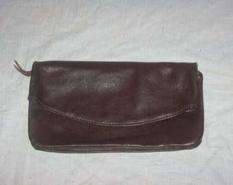 """Vintage Brown Leather Zippered Open Fold Over Compartment Envelope Clutch Purse Boho Handbag Size 12""""Length x 7"""" Height x 1"""" Width"""
