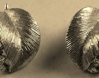Silver tone Lisner Clip Earrings