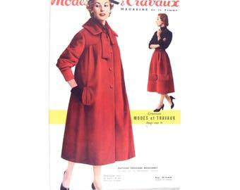 Modes & Travaux, Vintage French fashion magazine,  1956 winter fashion news