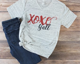 Women's Valentines Day Shirt/ Valentine's Day Shirt for Women/ XOXO Shirt/ Womens Graphic Tshirt/ All You Need is Love Shirt/ Graphic tee