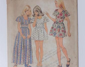 Vintage 1973 Simplicity Pattern 5538 Girls Size 12