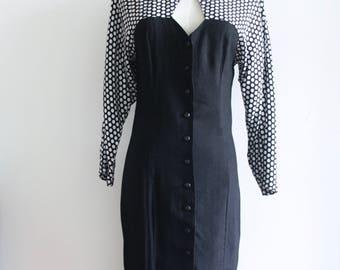 80s cut out wiggle dress. Black white 80s dress. Black button up dress. Sweetheart dress. 80s party dress. Polka dot 80s dress. Size S