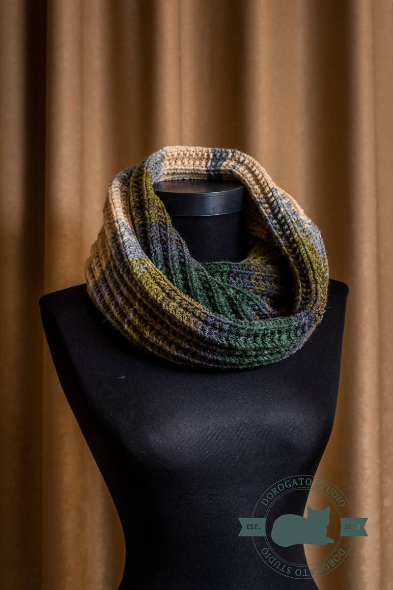 Knit infinity scarf handmade gift multicolor scarf rib pattern knit infinity scarf handmade gift multicolor scarf rib pattern hand knit scarf bankloansurffo Choice Image