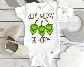 Pregnancy Reveal, Don't Worry Be Hoppy, Beer Shirt, Father's Day Gift, Funny Baby Gift, Baby Shower Gift, Beer Theme, Craft Beer Daddy, Hops