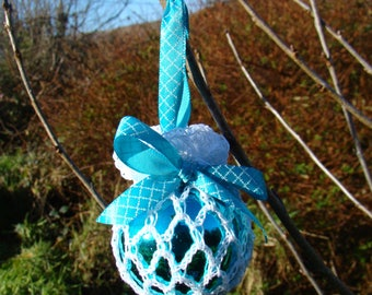 Retro Crochet irish lace bauble - Aqua Blue
