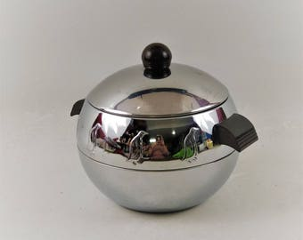 Mid Century West Bend Chrome Penguin Hot and Cold Server With Bakelite Handles