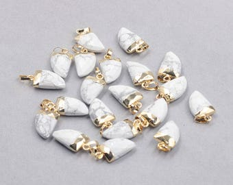 16mm Faceted Howlite Small Horn Pendants -- With Electroplated Gold Edge Gemstone Charms Wholesale Supplies YHA-328