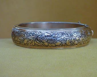 Vintage Floral Bracelet - Etched Gold Tone Metal - Dark Patina on Background - Floral Detailing Both Sides - Security Chain Missing - Chic