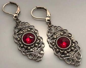 Red Swarovski Crystal Earrings - Red Earrings - Victorian Earrings - Dawn Santucci - Metal di Muse -
