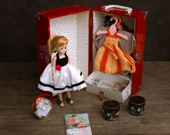 Jill Vogue Doll c1950s - EXCELLENT CONDITION - With Trunk and Trousseau