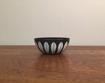 "Cathrineholm 4"" Black & White Lotus Enameled Steel Bowl"