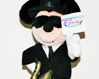SALE! 79.00! Chicago Blues Mickey 14' Plush Limited to 1000/ Rare with Tags and Tag Protector/Standing With Trumpet and Sunglasses on!