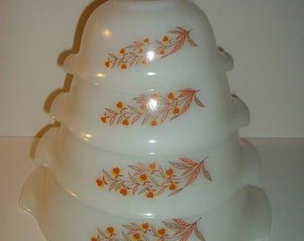 Set of 4 Vintage Glasbake Autumn Leaf Pattern Handled Mixing Serving Bowls
