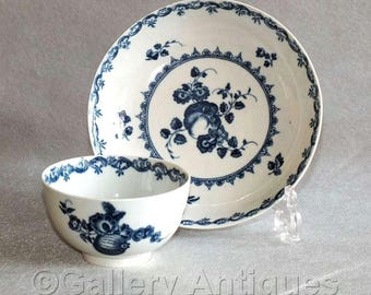 Antique 18th Century Worcester Porcelain Fruit and Wreath Pattern in Underglaze Blue and White Teabowl and Saucer c.1770 (ref: W118)