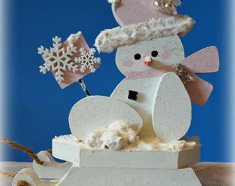 Wooden Snowman Decoration, Tabletop Snowman Decoration, Pink Winter  Decoration, Snowman On Sled,