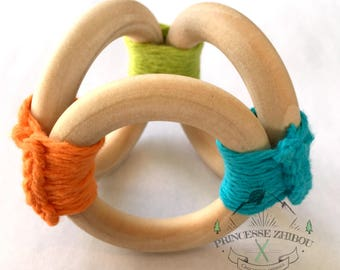 Natural maple wood cotton-threaded Crocano teething ring vegan friendly toy 100% non-toxic BPA-free, sensory exploration toy, made in Canada