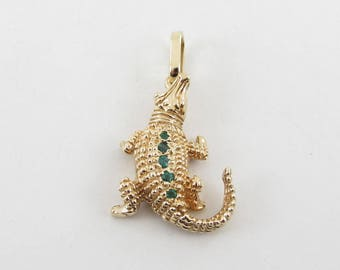 18K Yellow Gold Alligator Pendant - 18 k Yellow Gold Alligator Emerald Charm 9.3 grams