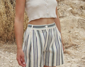 Vintage beige green striped pleated bermuda summer shorts.size xs/s