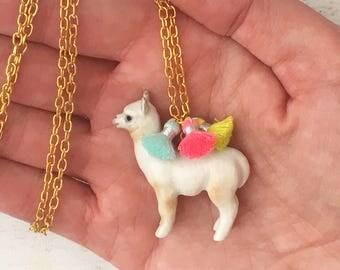 Alpaca Necklace, ceramic Alpaca pendant, Alpaca jewellery, tassel, llama, Alpaca gift, unusual jewellery, fun jewellery, gifts for her