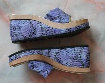 Vintage 90s Lilac Snakeskin Slides | Lavender Club Kid Sandals | Size US 7 Eur 38