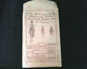 Vintage 1920s Butterick Deltor Sewing Pattern (#3098) for Ladies Apron/Pinafore - Used