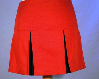 Short skirt with yoke and pleats size 36/38