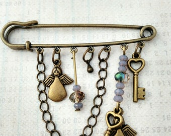 Bronze brooch grigri metal color key, Angel, Bohemian jewelry