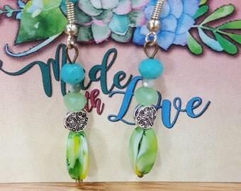 a splash of green drop earrings