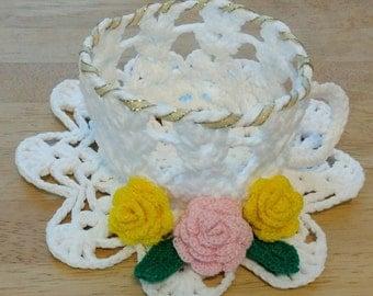 Crochet teacup and saucer (three-dimensional crochet ornament)