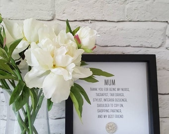 Gorgeous box frame with sparkly crystal embellishment. A perfect gift for a stylish mum or mothers day. A perfect keepsake memento gift