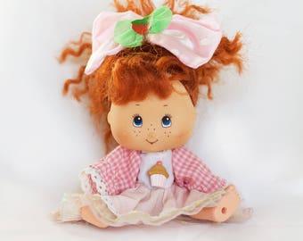 Vintage 1991 Strawberry Shortcake Doll