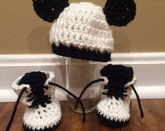 Little Panda Cub Hat and Booties Set/ Baby Hat and Booties