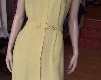 """1950's Yellow Linen Dress with zip front detail 36-38"""" Bust 30"""" Waist"""