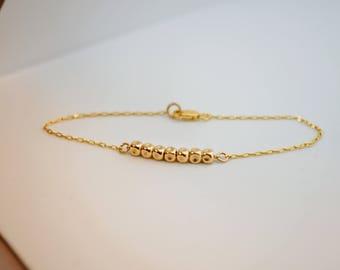 Gold bracelet, Minimalist jewelry, Nugget bracelet, Gold layering bracelet, Simple bracelet, Minimalist bracelet, Beaded gold bracelet