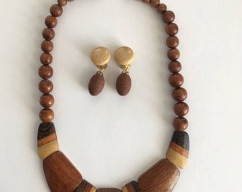 Wooden earrings and necklace sets - vintage jewelry - clip on earrings - retro - wood anniversary gift - 60s 70s - Free shipping Canada USA