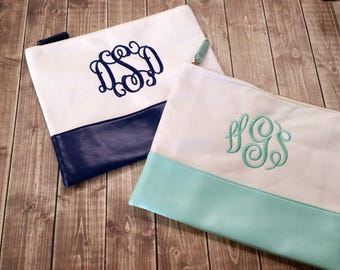Personalized Comsmetic Bag - Monogram Make Up Bag - Stocking Stuffer - Christmas Gifts For Her - Graduation Gift - Gifts For Mom
