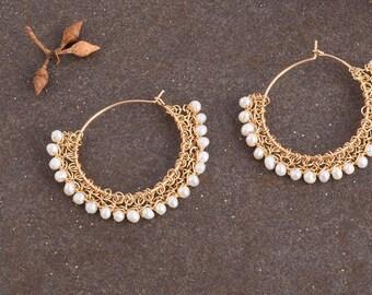 Gold Medium Hoop Earrings,Pearls Gold Earrings, Gypsy Earrings,Fan earrings, Unique Earrings,Gypsy Bohemian,Pearl earrings,Gold Wire Jewelry