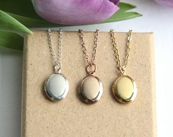 Gold Locket Necklace, Gold Locket Pendant, Bridesmaid necklace, Bridesmaid Locket, Bridesmaid Gift, Flower girl Necklace, Silver Locket