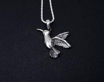 Silver Colibri Pendant, Sterling Silver Necklace Pendant Hummingbird, Colibri Jewelry, Colibri Gift, Colibri Necklace, Silver Jewelry