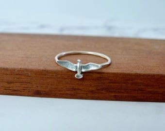 Seagull ring, silver pointy ring, sterling bird ring, sale, ring size 7, size 8
