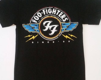 FOO FIGHTERS - Wings Since '95 Print Logo - Black Unisex T-Shirt Sizes S-2XL