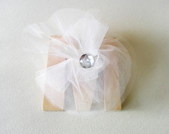 """White tulle """"Flower"""" Maxi brooch"""